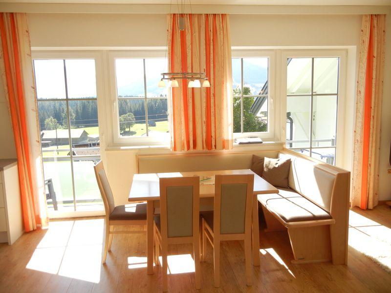 Esstisch - Ferienwohnung - Haus Terra